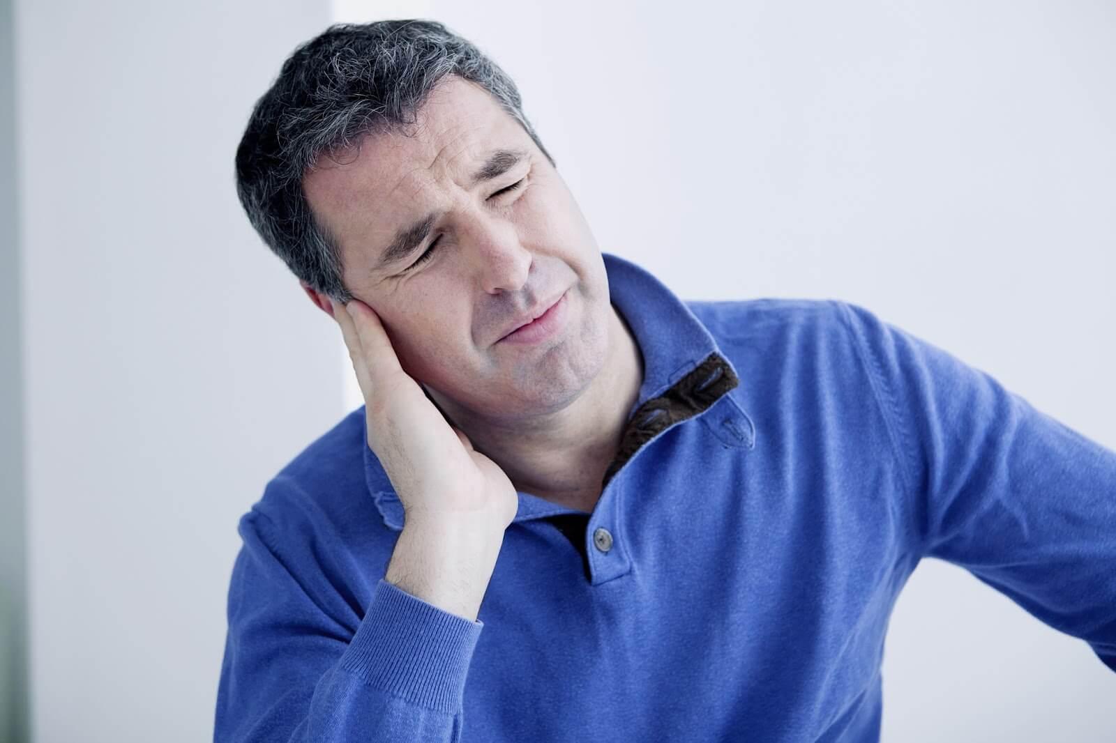 Острый средний отит – симптомы, осложнения, лечение ЛОР